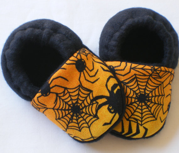 Halloween Spider Fleece Baby Booties ($9)