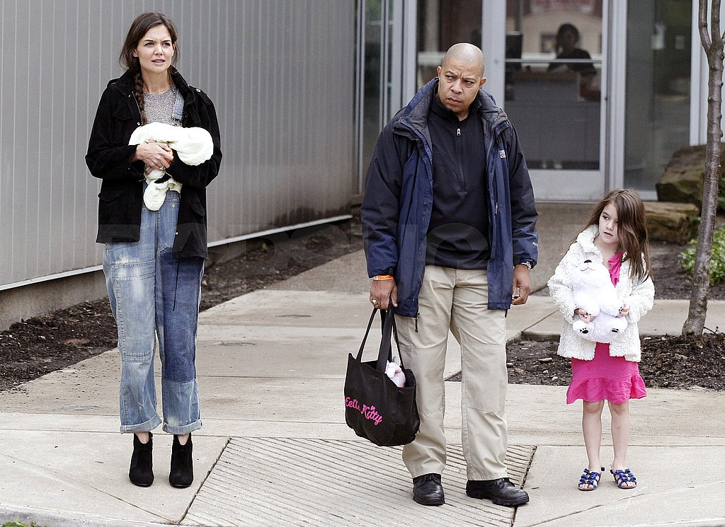 Katie Holmes and Suri Cruise walked side-by-side leaving the museum.
