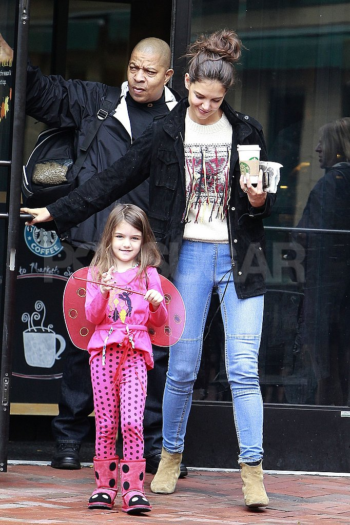 Katie Holmes and Suri Cruise made a Starbucks run.