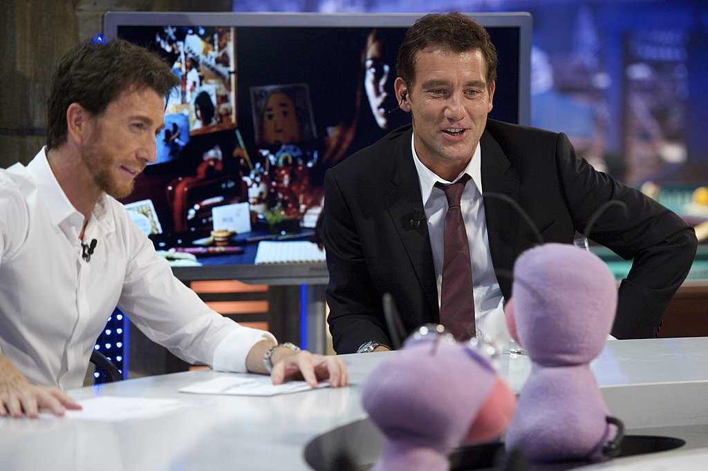 Clive Owen chats on El Hormiguero.