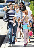 Jennifer Garner walked Violet to ballet class with Seraphina.