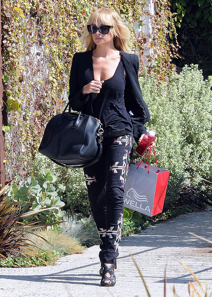 Nicole Richie wore an all-black ensemble.