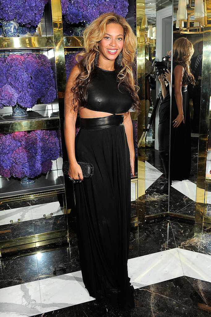 Beyoncé wore leather and revealed some skin at the Tory Burch boutique.