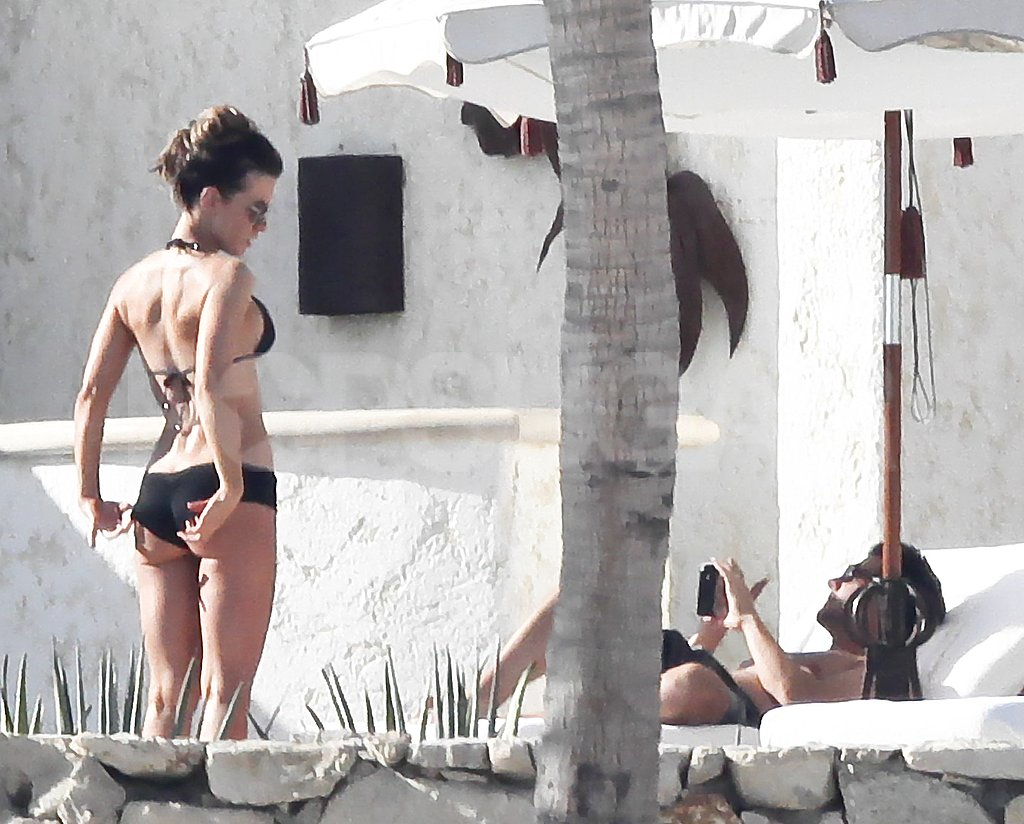 Shirtless Len Wiseman and bikini-clad Kate Beckinsale vacationed in Mexico.