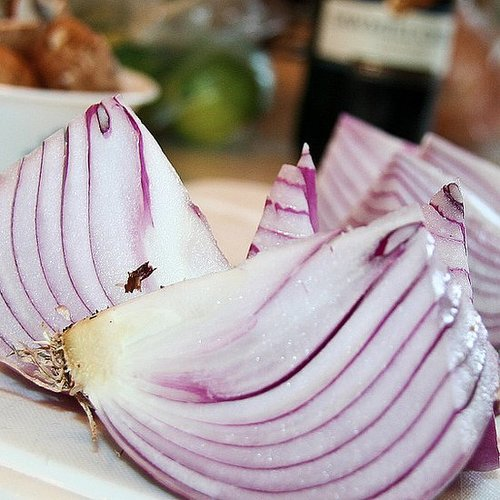 Benefits and Nutrition of Red Onions