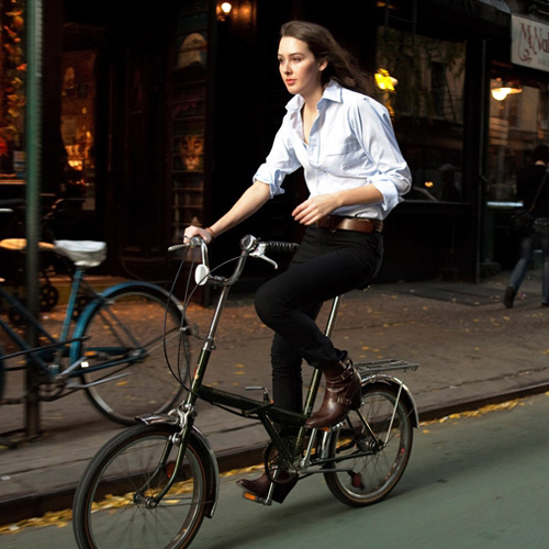 Stylish Cycling Clothes For Urban Commuters