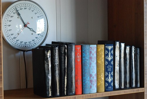 Blend-In Bookends