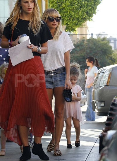 Nicole Richie took Harlow to ballet class in LA.