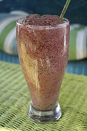 Summer Solstice Berry Smoothie