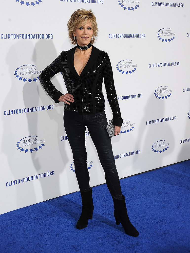 Jane Fonda's slim-fitting pants showed off her svelte figure.