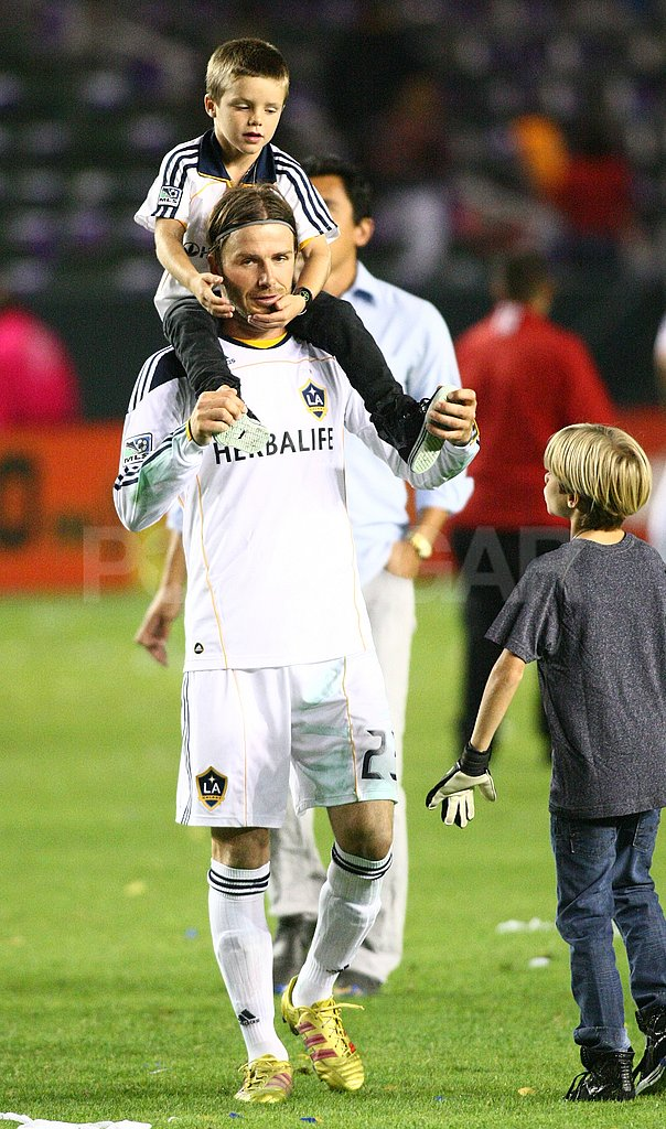 David Beckham carried Cruz on his shoulders after winning a game.