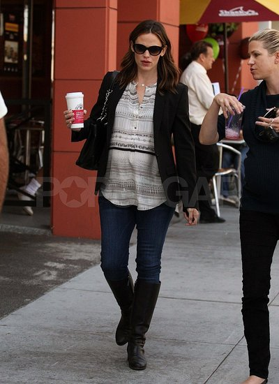 Pregnant Jennifer Garner gets coffee in LA.