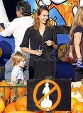 Jessica Alba at an LA pumpkin patch.