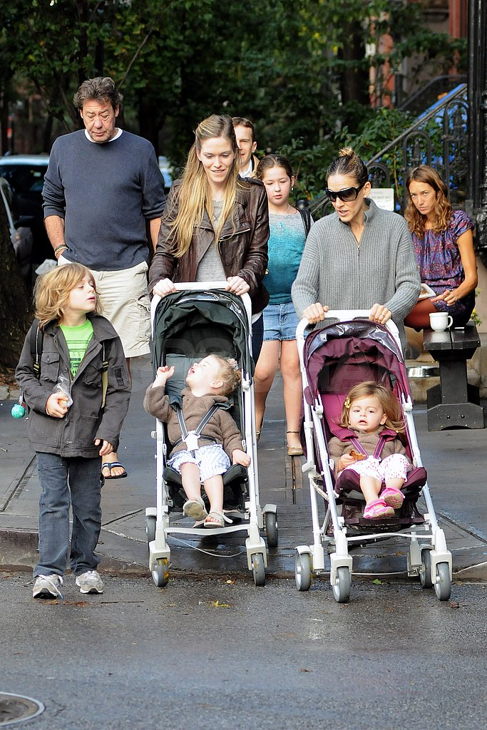 SJP pushed Tabitha and the nanny strolled with Loretta.