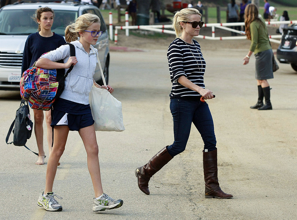 Reese Witherspoon picked up Ava Phillippe from a park in LA.