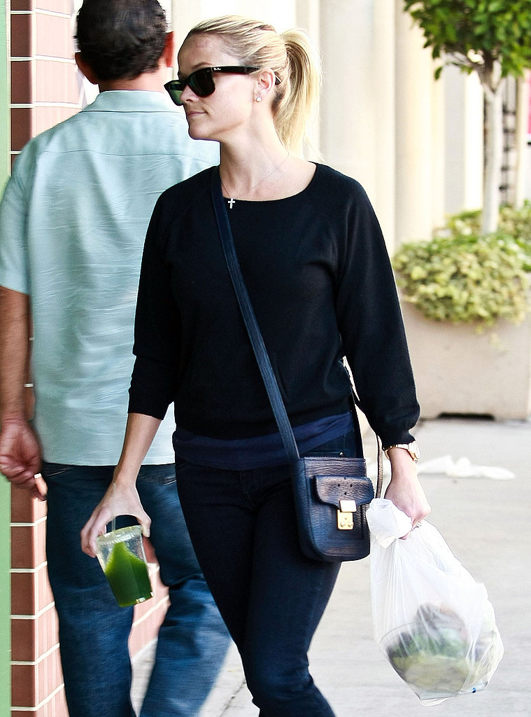 Reese Witherspoon in all black.