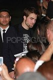 Robert Pattinson signed autographs for fans outside of Jimmy Kimmel.