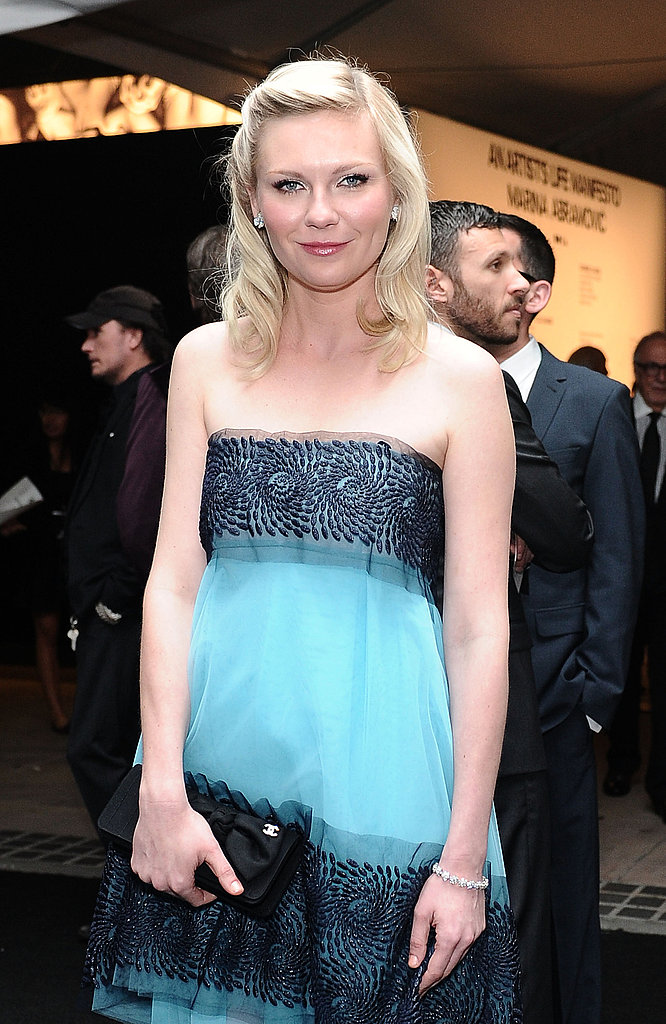 Kirsten Dunst had pretty, soft hair for the 2011 MOCA Gala.