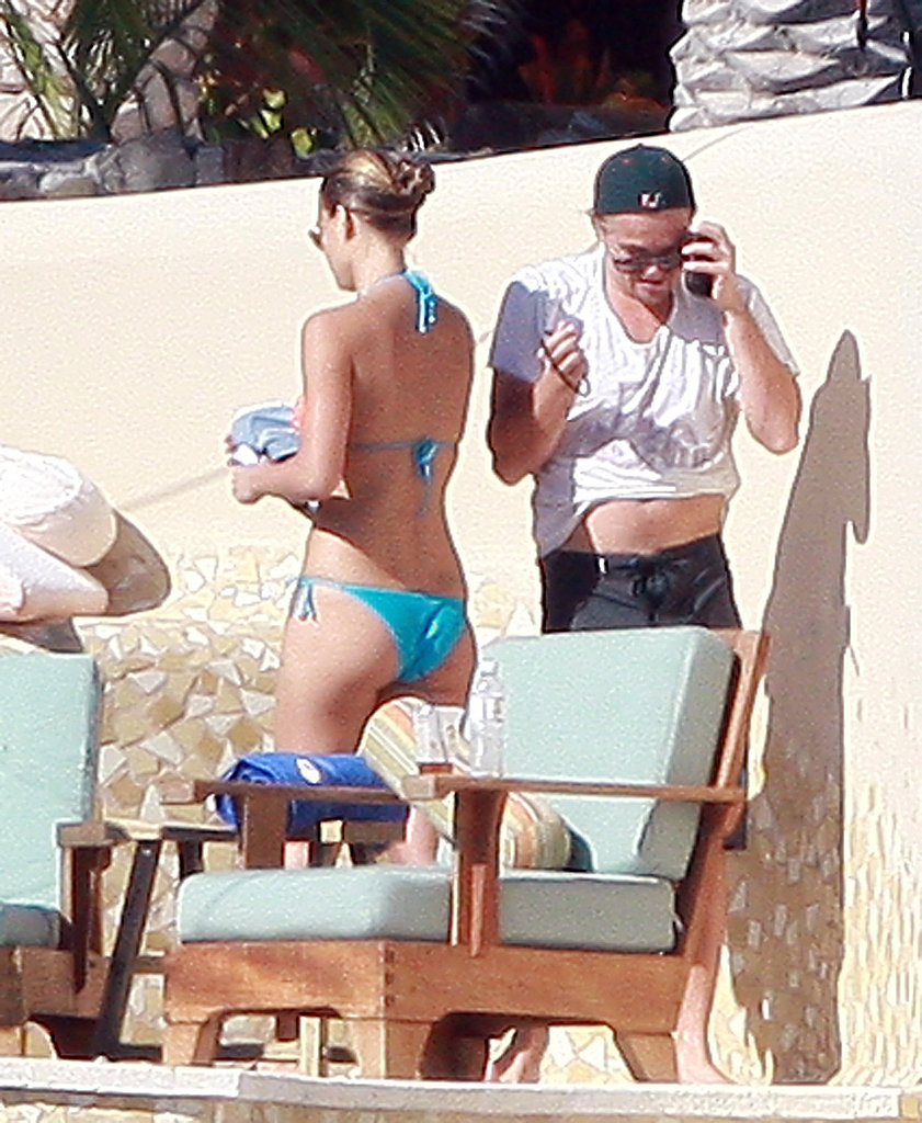 Leonardo DiCaprio and Bar Refaeli hit the beach during a vacation in Mexico in January 2009.