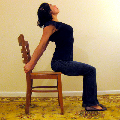 Desk Stretches to Relieve Neck and Shoulder Tension