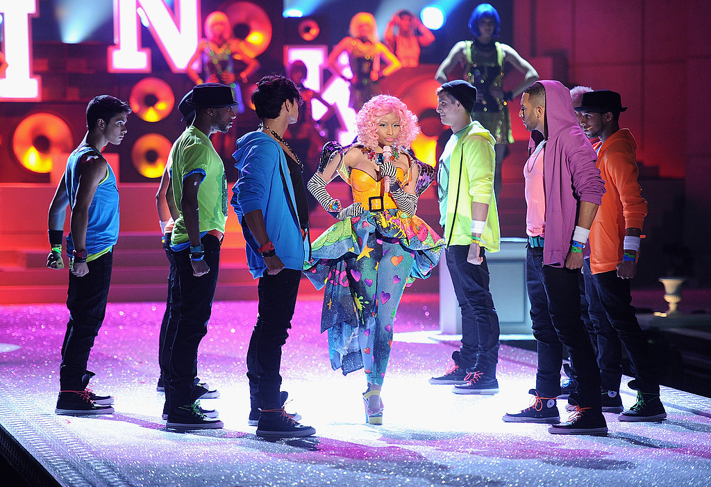 Nicki Minaj walked through her dancers.