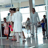 Brad Pitt and Angelina Jolie arrived in Vietnam with Maddox, Zahara, Shiloh, Knox, and Vivienne Jolie-Pitt.