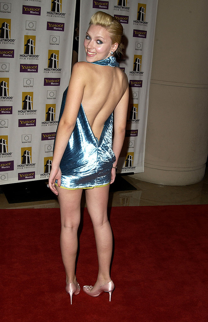 Scarlett Johansson sported a backless dress to the 2003 Hollywood Awards.