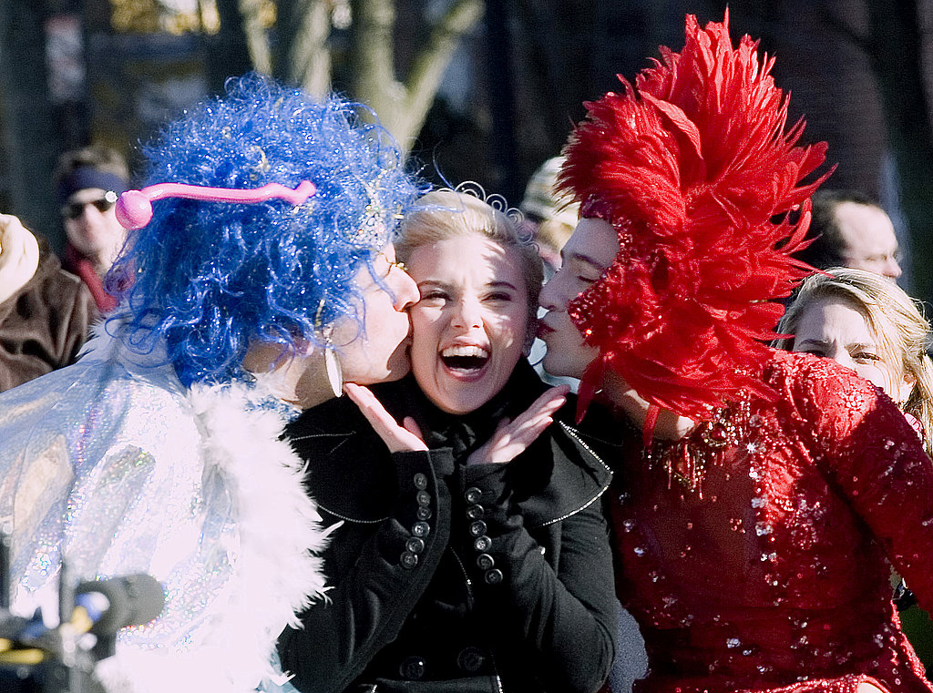 Scarlett Johansson clowned around at Harvard while accepting her Hasty Pudding Woman of the Year honor in 2007.