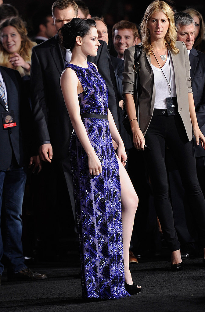 kristen stewart showed some leg.