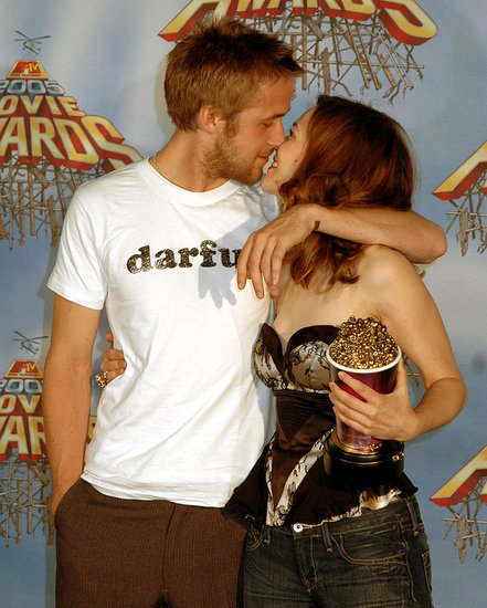 Rachel and then-boyfriend Ryan Gosling shared a kiss in the MTV Movie Awards press room after winning their statue for Best Kiss in 2005.