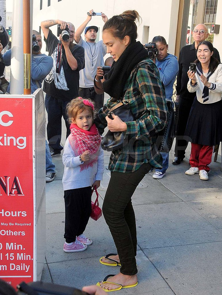 Jessica Alba with Honor Warren outside of a nail salon in LA.
