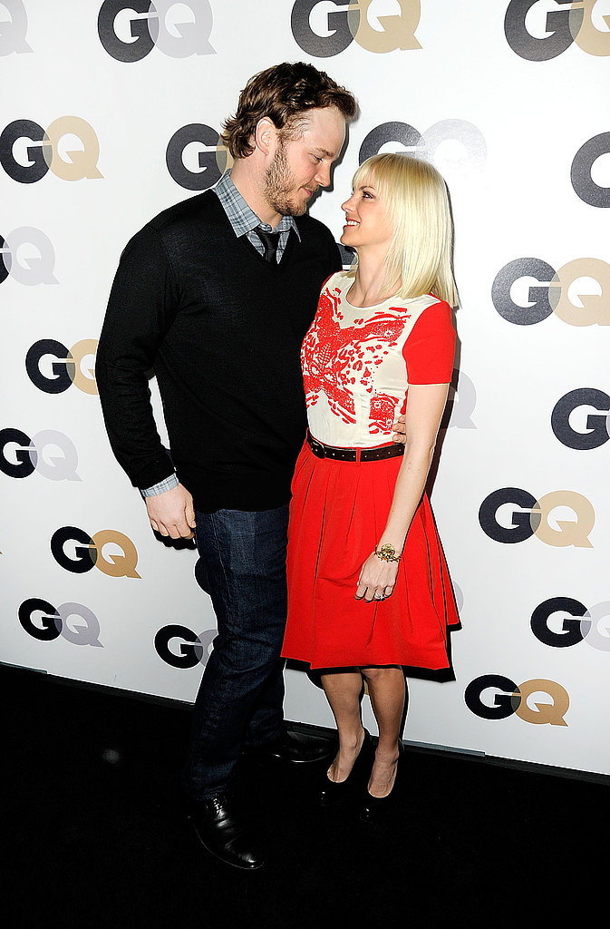Anna Faris and Chris Pratt had a romantic moment on the black carpet.