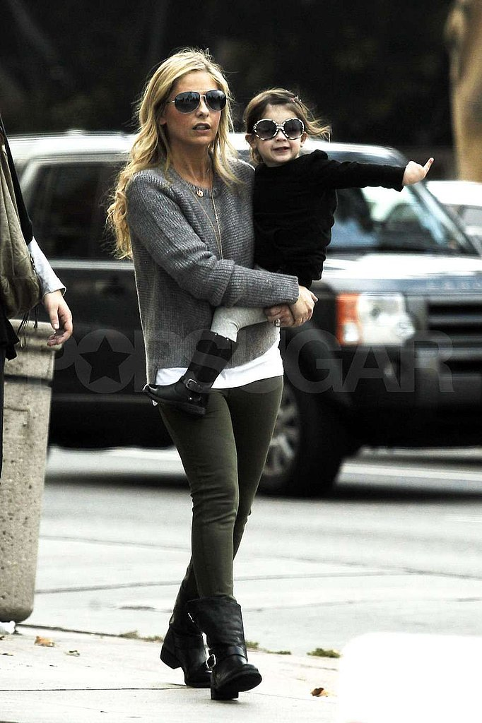 Sarah Michelle Gellar and Charlotte Prinze in LA to shop!