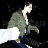 Kristen Stewart showed off a bruised hand in London.