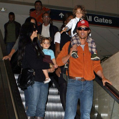 Matthew McConaughey Camila Alves Kids Airport Pictures