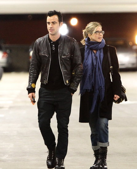 Jennifer Aniston and Justin Theroux Take In a Holiday Movie