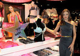 Miranda Kerr showed off the dazzling diamond encrusted bra.