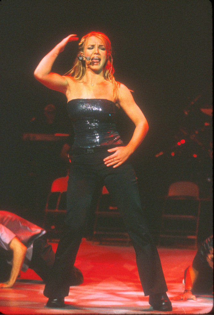 In September 1999, Britney Spears showed off her muscular arms at a Rising Star concert in LA.