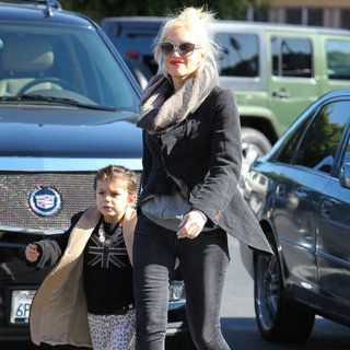 Gwen Stefani at Sears With Kingston and Zuma Pictures