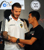 "David Beckham met Philippine Azkals player ""Chieffy"" Caligdong in Manila on Dec. 1."