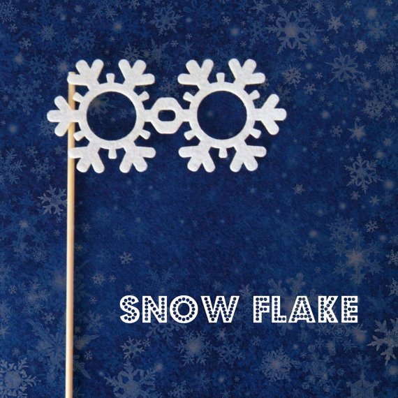 Snowflake Photo Prop DIY Kit ($2)