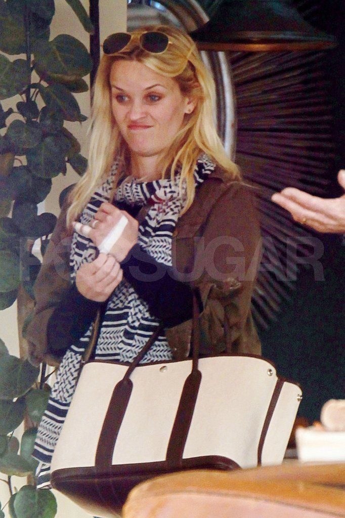 Reese Witherspoon went out to shop in LA.
