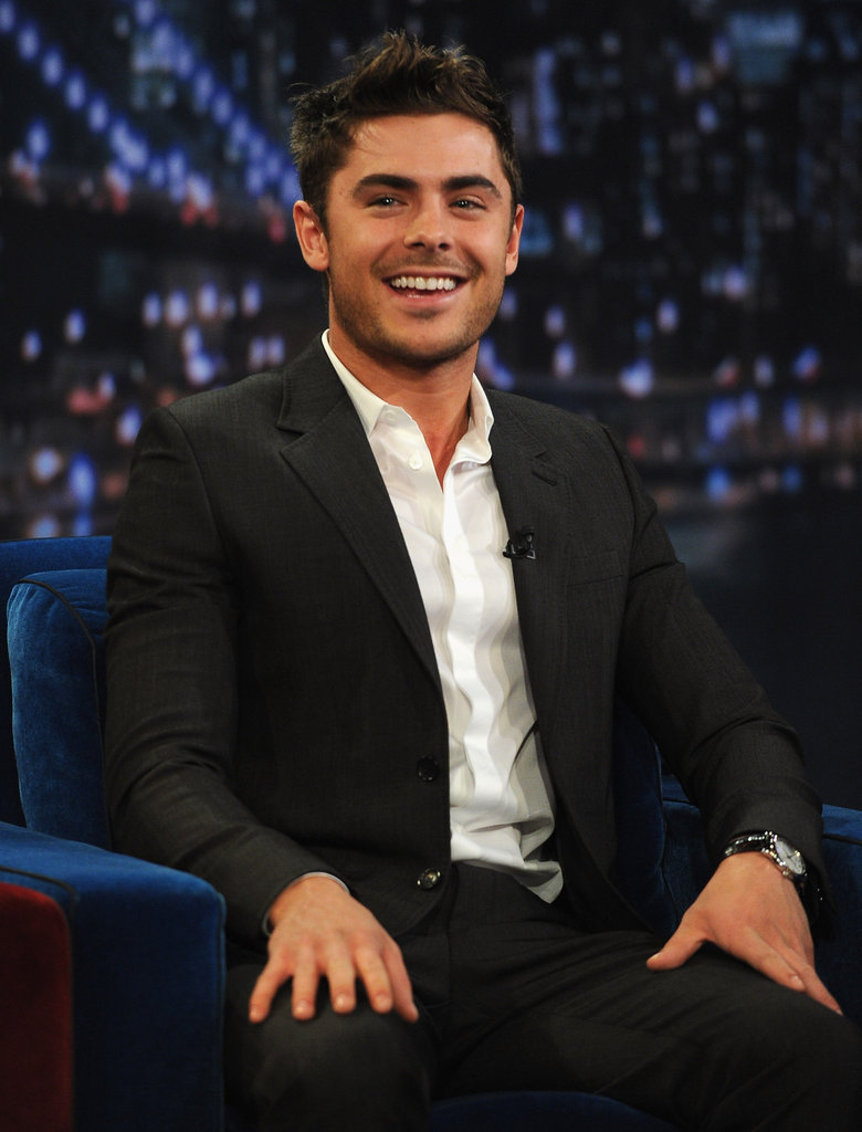 Zac Efron smiled at the audience.