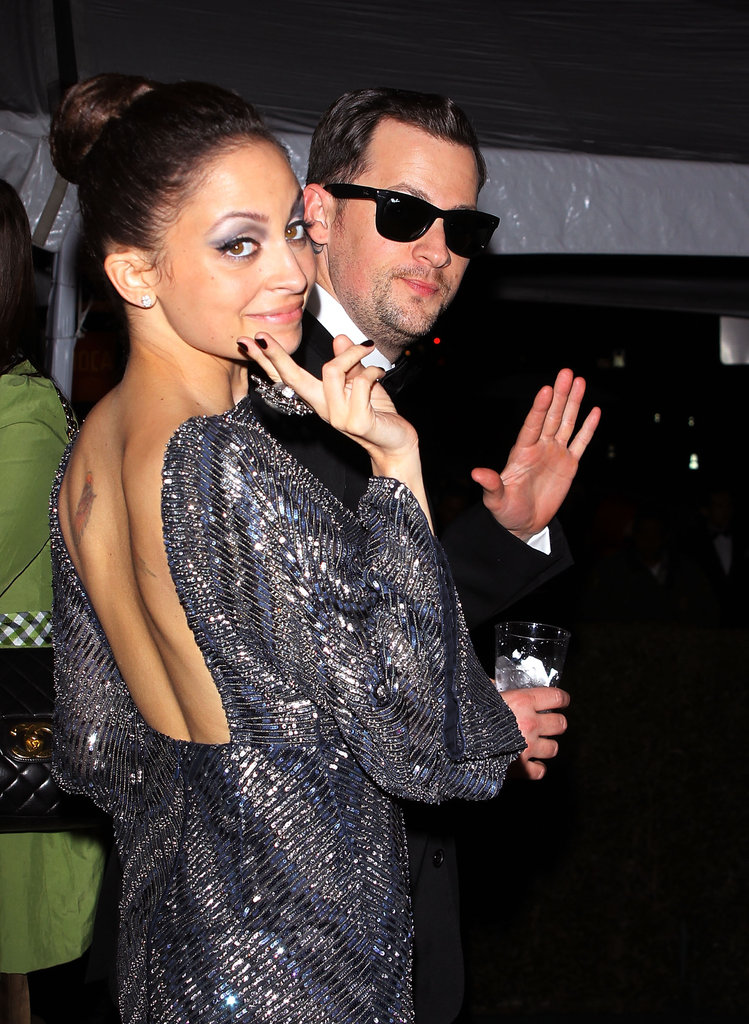Nicole Richie and Joel Madden waved at a 2010 Oscars party in LA.