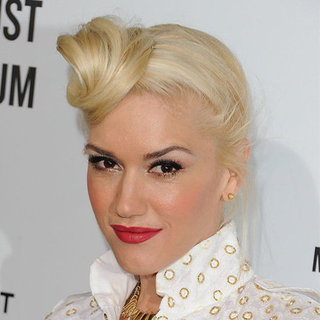 Gwen Stefani's Side Top Knot