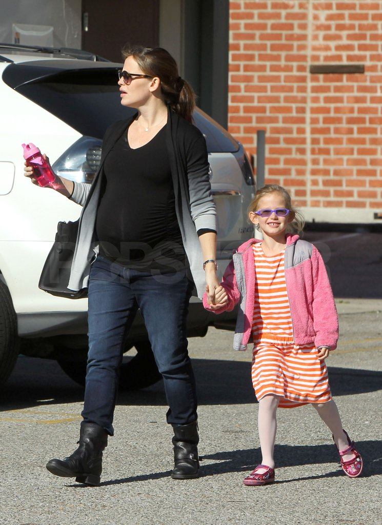 Violet held hands with Jen.