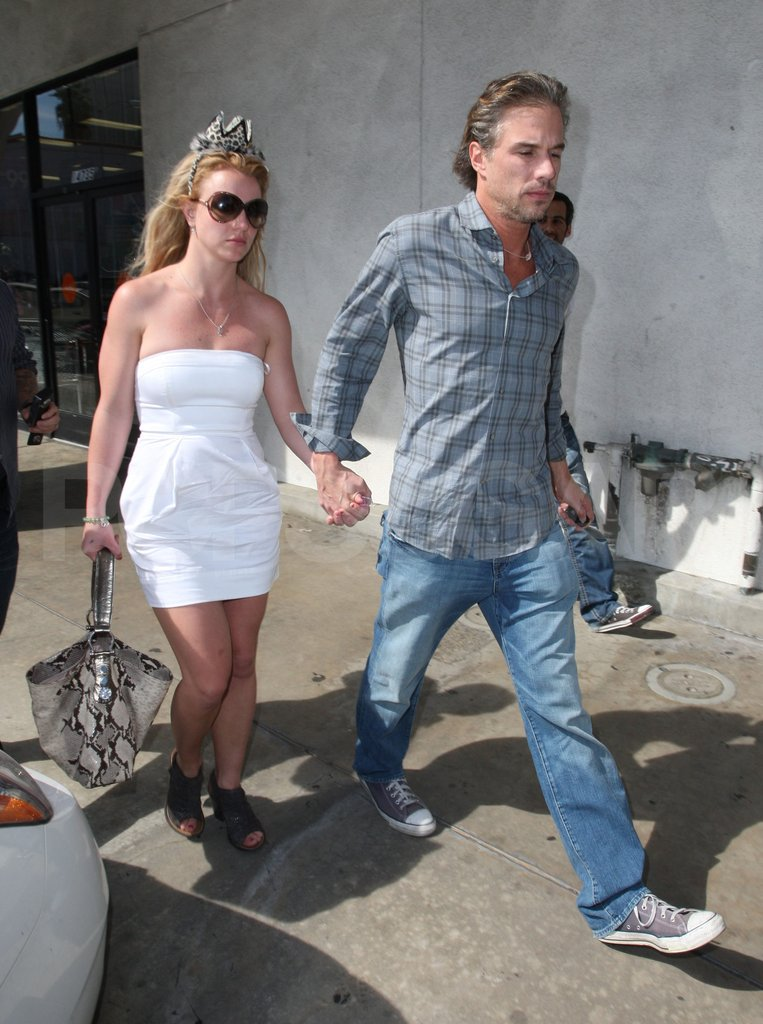 Britney wore a tiara while out shopping with Jason in March 2010.