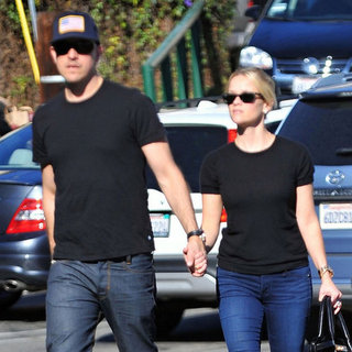 Reese Witherspoon and Jim Toth Christmas Eve Pictures
