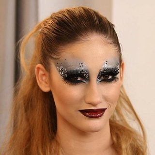 The Ultimate New Year's Eve Makeup Look