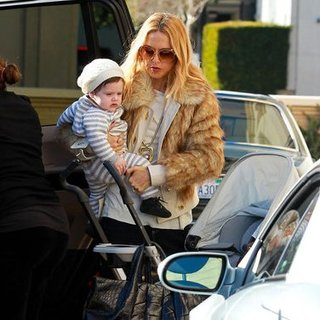 Rachel Zoe Shopping at Barneys Pictures With Skyler